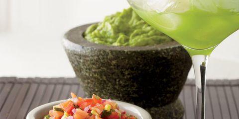 Guacamole, salsa, margarita