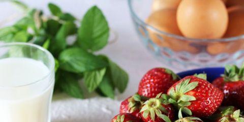 Food, Natural foods, Ingredient, Fruit, Drink, Sweetness, Strawberry, Produce, Serveware, Strawberries,