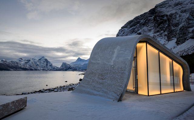 aseos públicos de diseño en noruega
