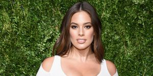 ashley-graham-zwangerschapsstriae-instagram