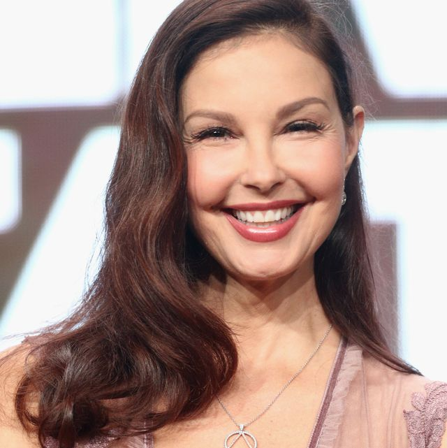 Check spelling or type a new query. Ashley Judd Shares Recovery Update After Leg Injury In Africa