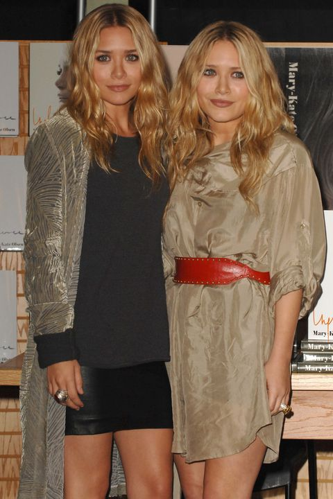 """book signing of mary kate and ashley olsen's """"influence"""""""