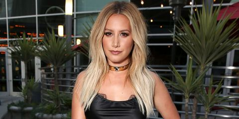 889614f3e9 Ashley Tisdale Hates This Throwback Red Carpet Style