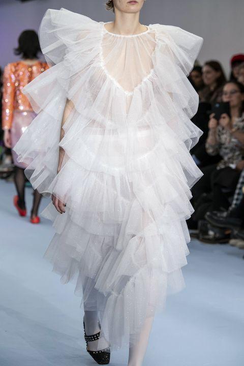 vestiti a balze moda inverno 2021