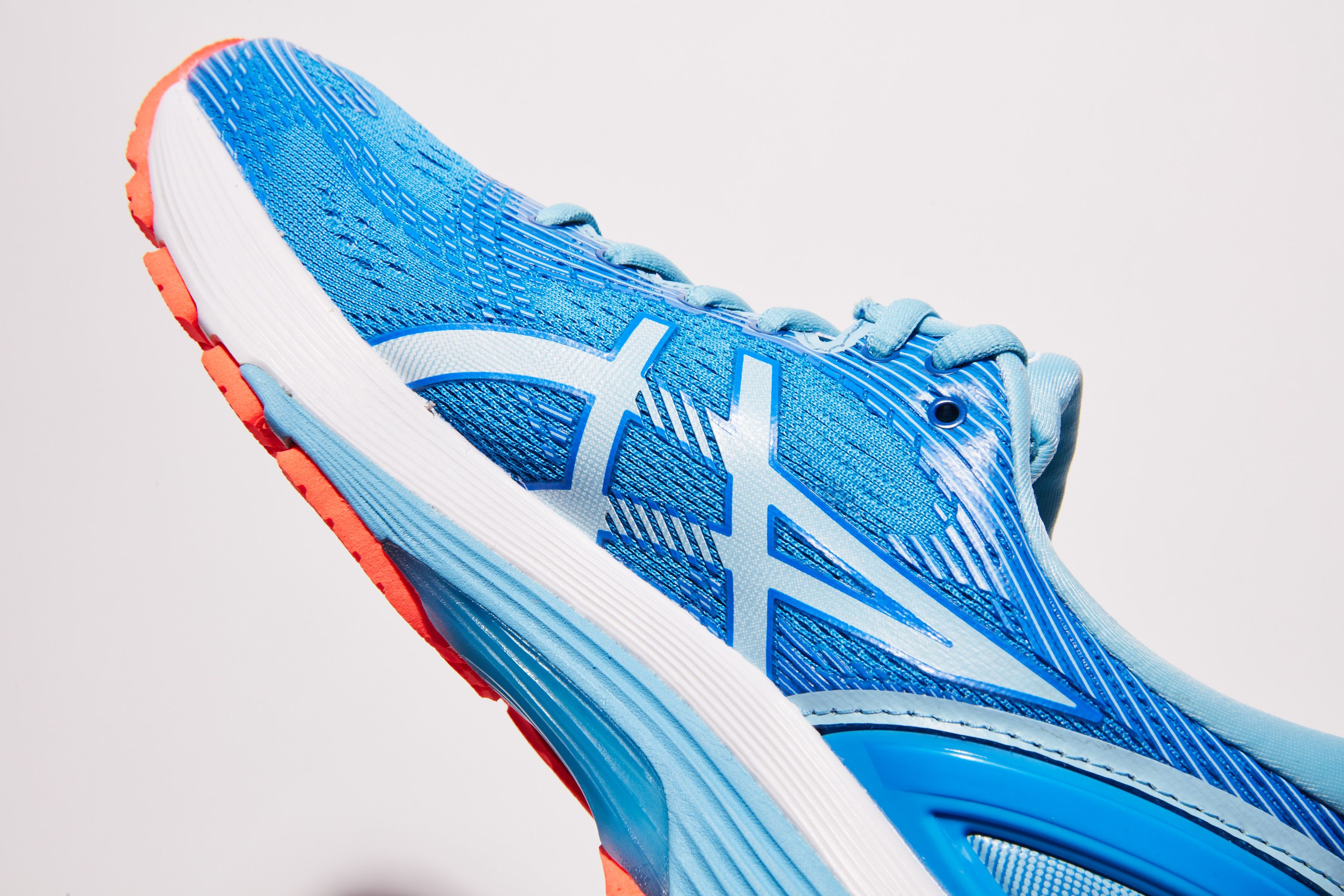 Asics Gel Nimbus 21 Review — Cushioned Running Shoes