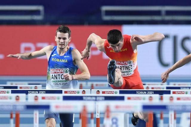 asier martínez compite en las semifinales de los campeonatos de europa de atletismo en pista cubierta de torun