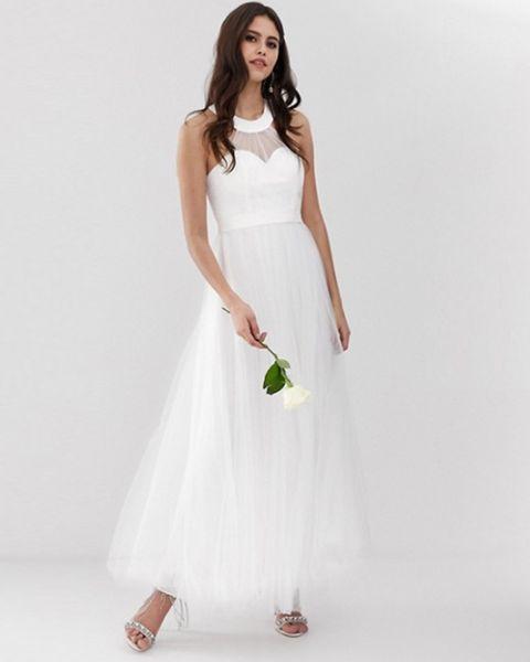Betaalbare Bruidsjurken.11 Goedkope Trouwjurken De Mooiste Bruidsjurken Onder De 200