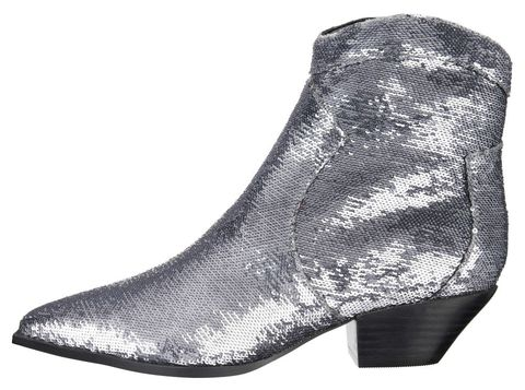 Low heeled party shoes