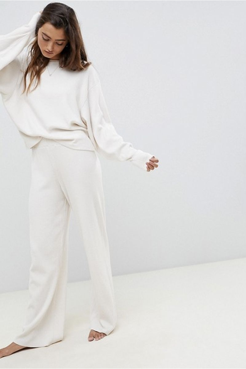 60b2a53e9 Best loungewear - Stylish loungewear to relax in at home