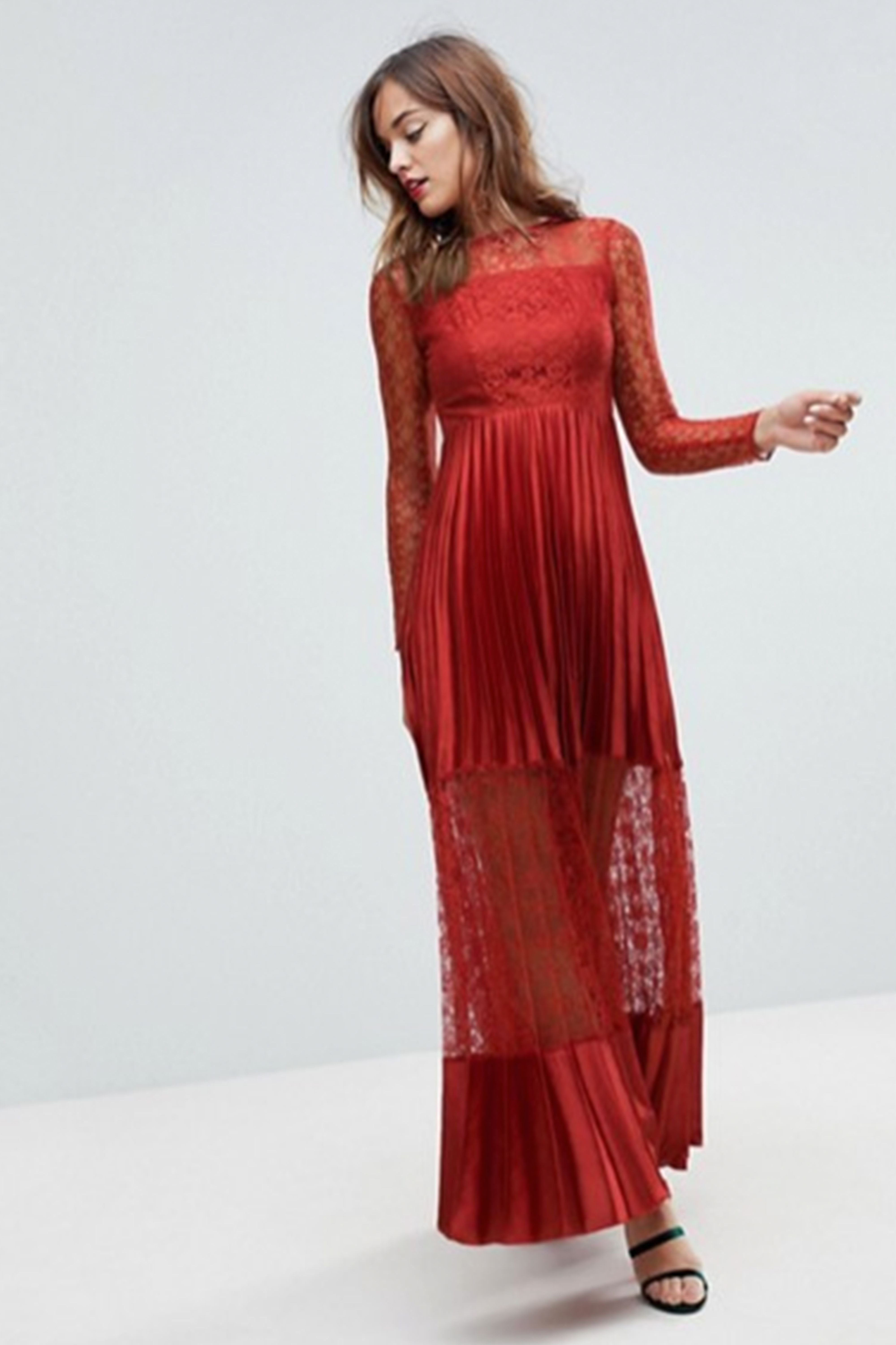29 Best Red Prom Dresses For 2018 Bold Red Formal Dresses For Prom
