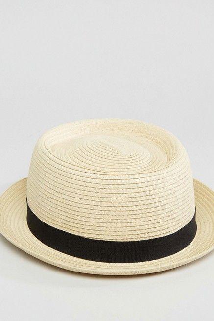 pantalones cortos, asos, sombrero paja