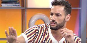 La visita de Asraf Beno a 'Viva la vida' sigue trayendo cola... Ahora el colaborador del programa, José Antonio Avilés, afirma que el modelo va criticando a su pareja y desconfía de ella.