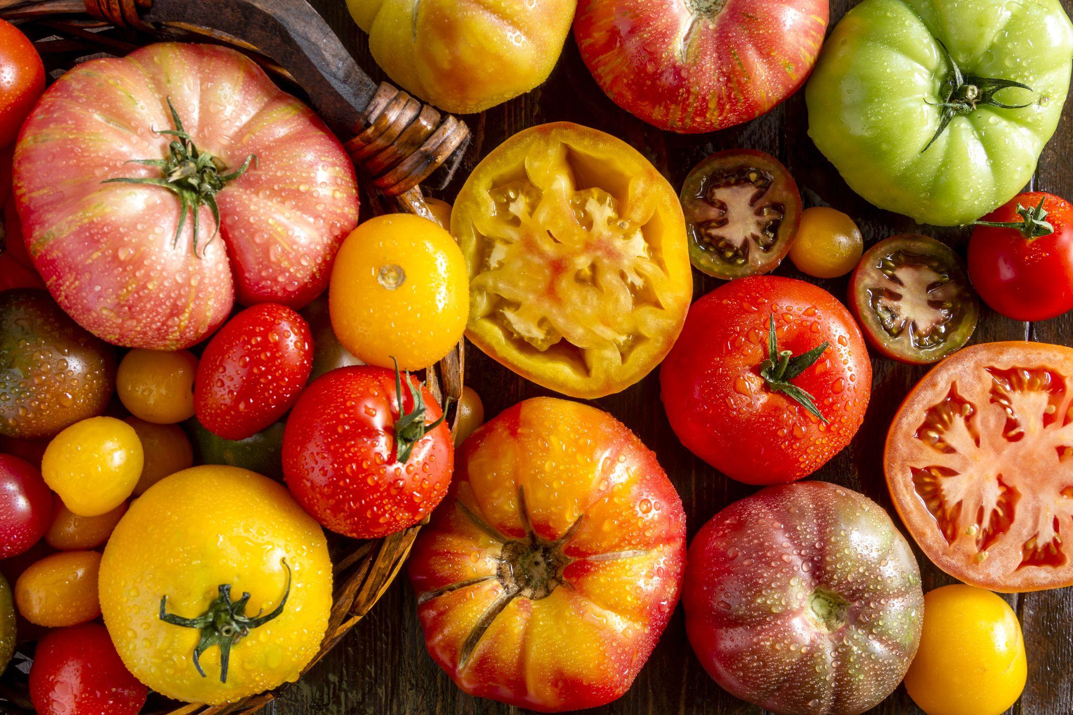 19 Best Heirloom Tomato Varieties You Can Grow Types Of Heirloom