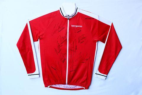 team astana autographed jersey