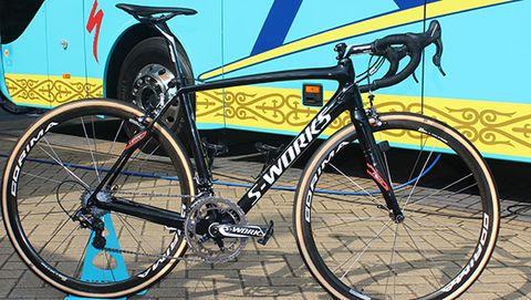 Astana's Specialized Roubaix
