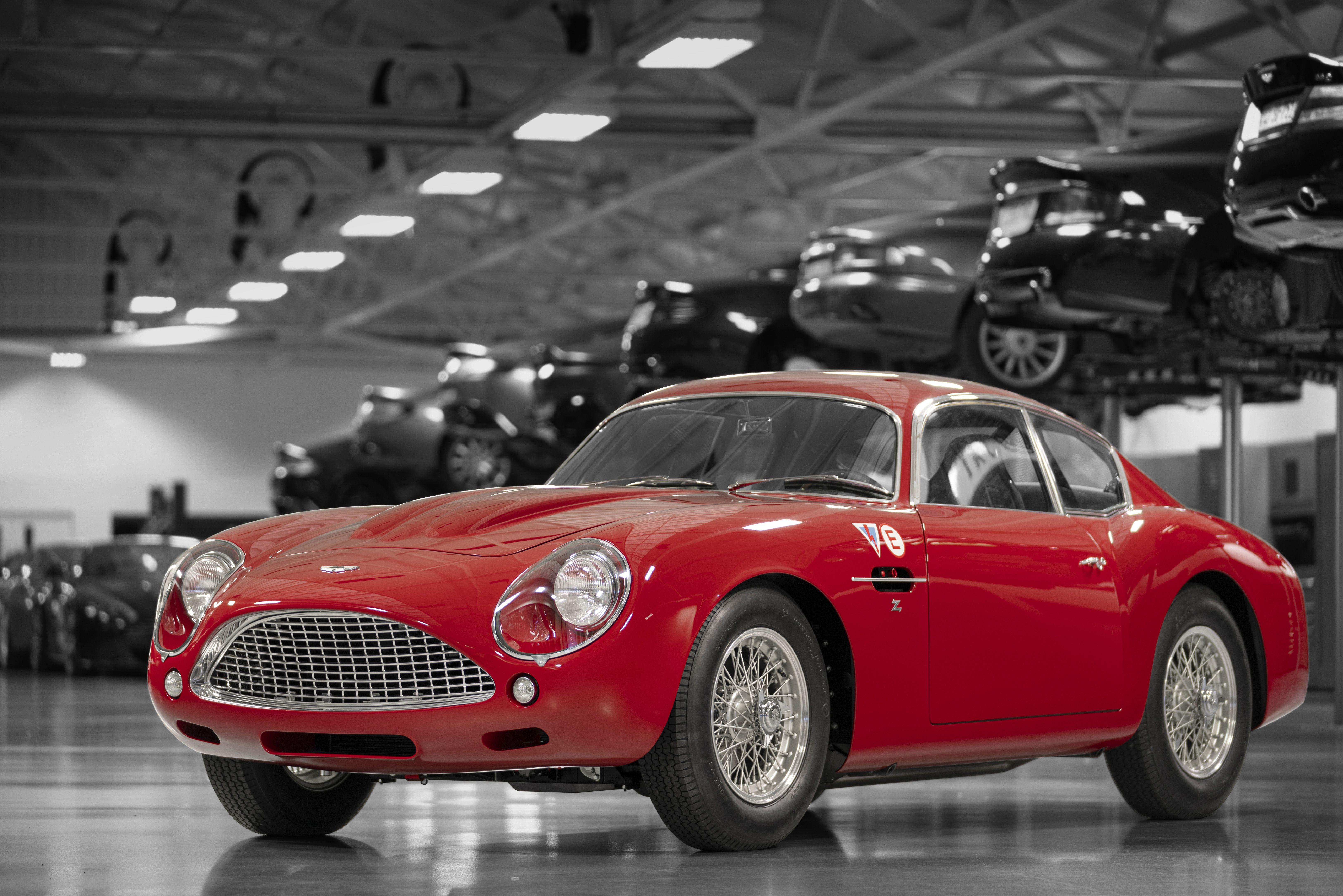 Aston Martin Db4 Gt Zagato Continuation Debuts At Le Mans