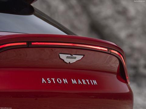 Aston Martin DBX - logotipo