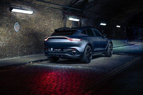 Land vehicle, Vehicle, Car, Automotive design, Luxury vehicle, Sky, Sport utility vehicle, Mid-size car, Crossover suv, Personal luxury car,