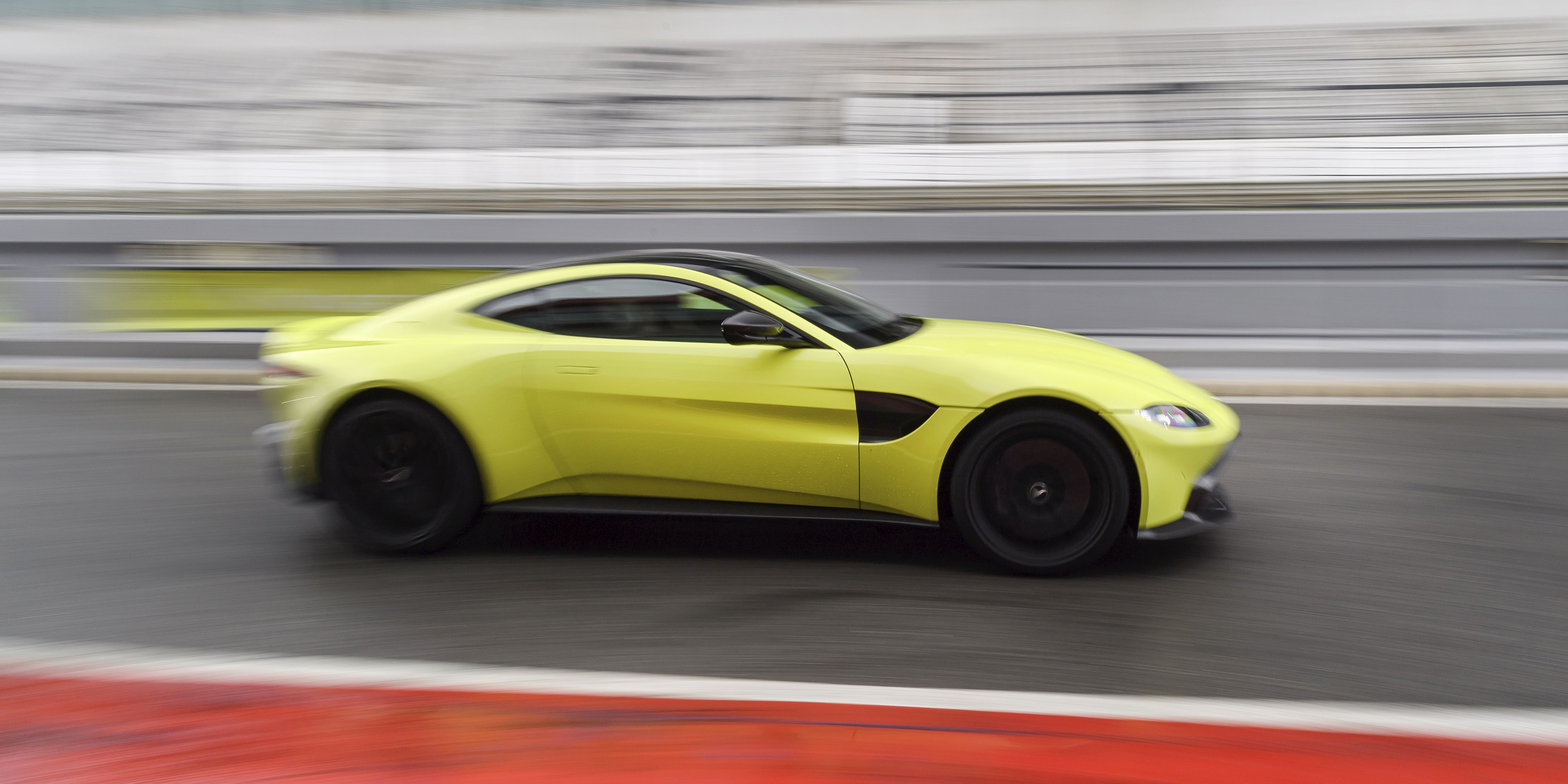 The Manual Aston Martin Vantage Will Be Here Next Year