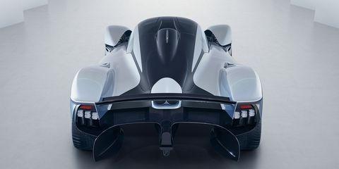 Automotive design, Automotive exterior, White, Black, Grey, Bumper, Design, Plastic, Machine, Automotive exhaust,