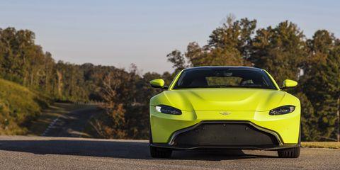 Land vehicle, Vehicle, Car, Sports car, Automotive design, Yellow, Performance car, Supercar, Coupé, Mid-size car,