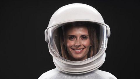 Hoe krabt een astronaut aan zijn neus?