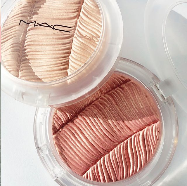 Pink, Product, Peach, Lipstick, Cosmetics, Material property,