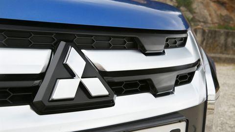 2020 Mitsubishi ASX grille