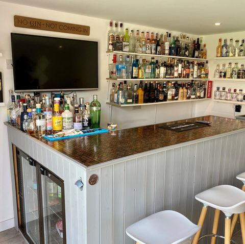 aldi launches hunt for uk's best diy  at home bar   and you could win £1000 in vouchers
