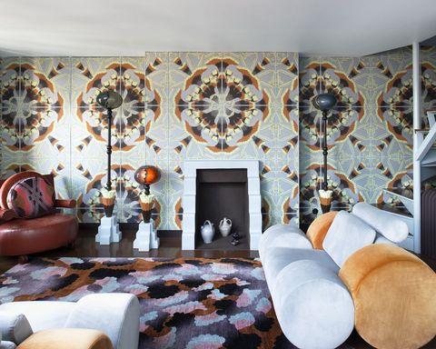 70s living room parisian apartment