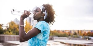 how much water should you drink running?
