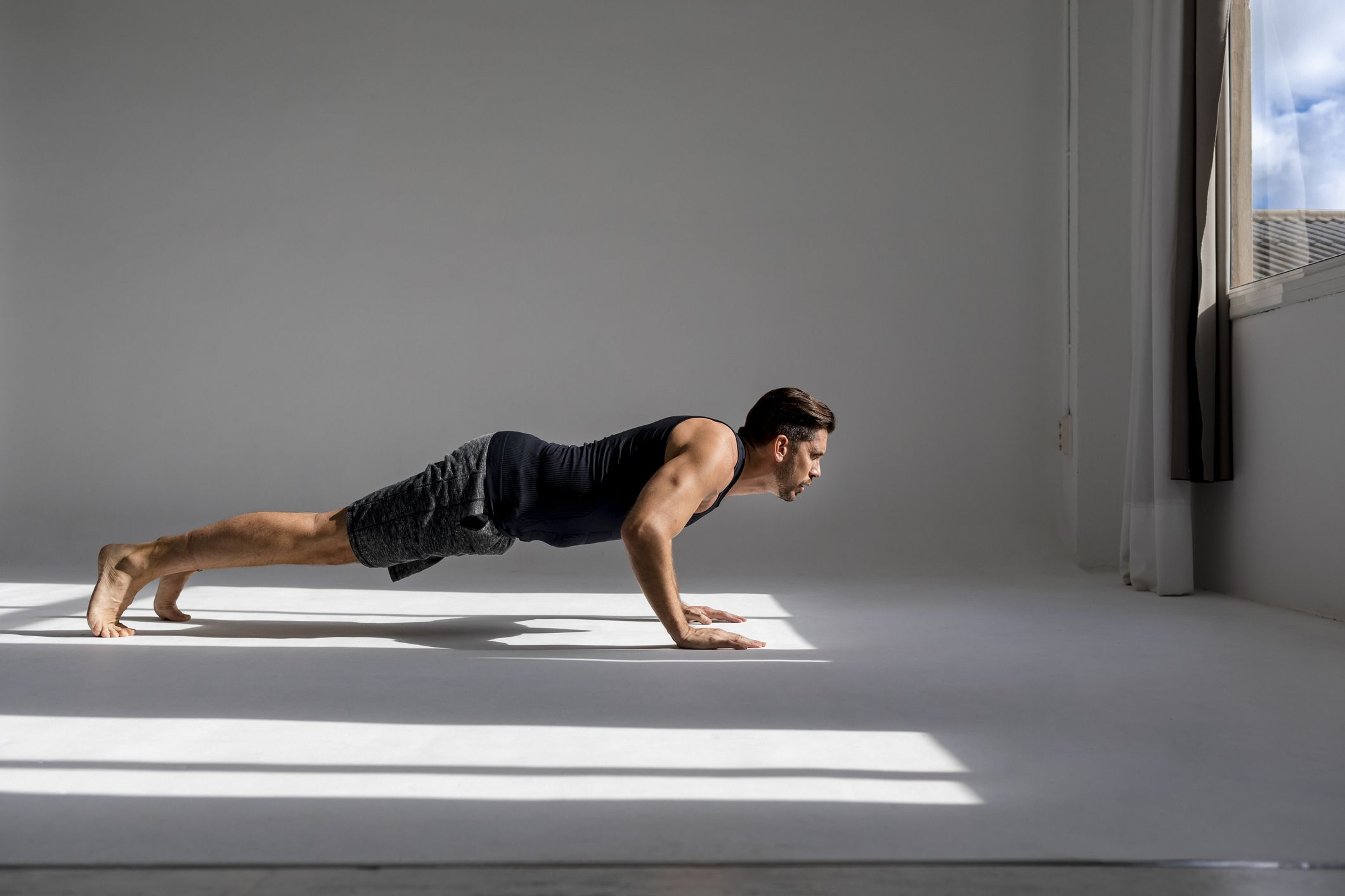 Watch What Happened When This Guy Did 500 Pushups Every Day for a Month