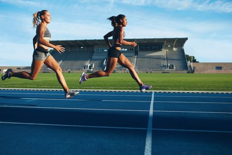 4 Speed Training Strategies to Bring Down Your Mile Time