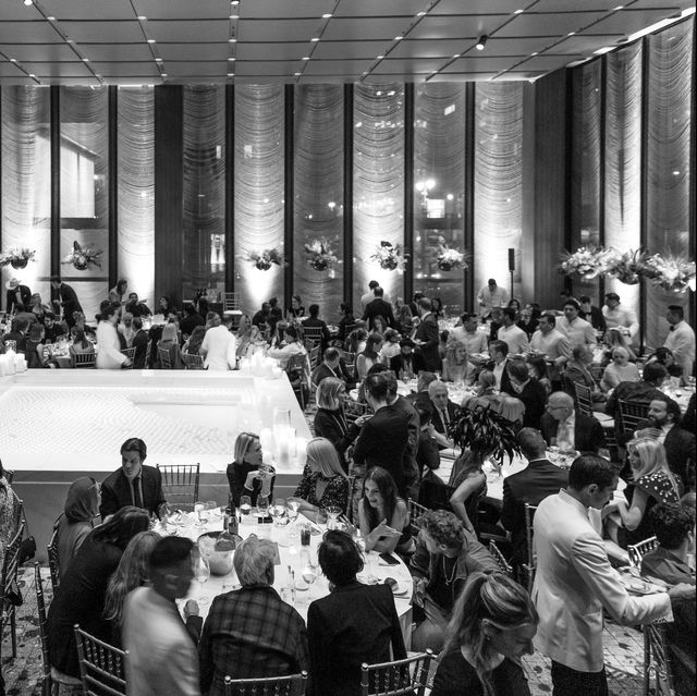 Photograph, Crowd, Event, Monochrome, Black-and-white, Room, Building, Convention, Ballroom, Games,