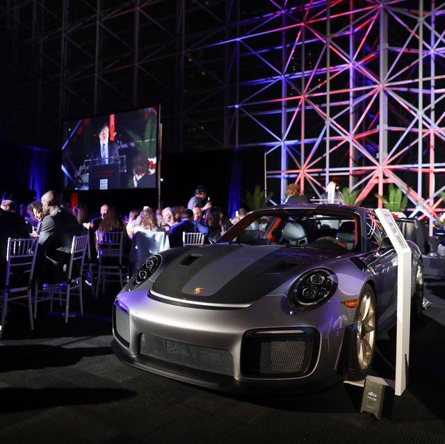 Land vehicle, Vehicle, Luxury vehicle, Car, Automotive design, Supercar, Auto show, Porsche, Performance car, City car,