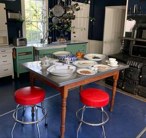 alexandra champalimaud kitchen table