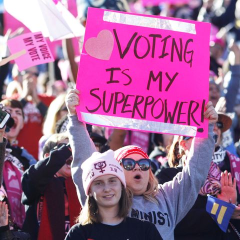 'Power To The Polls' Voter Registration Tour Launched In Las Vegas On 1st Anniversary Of Women's March