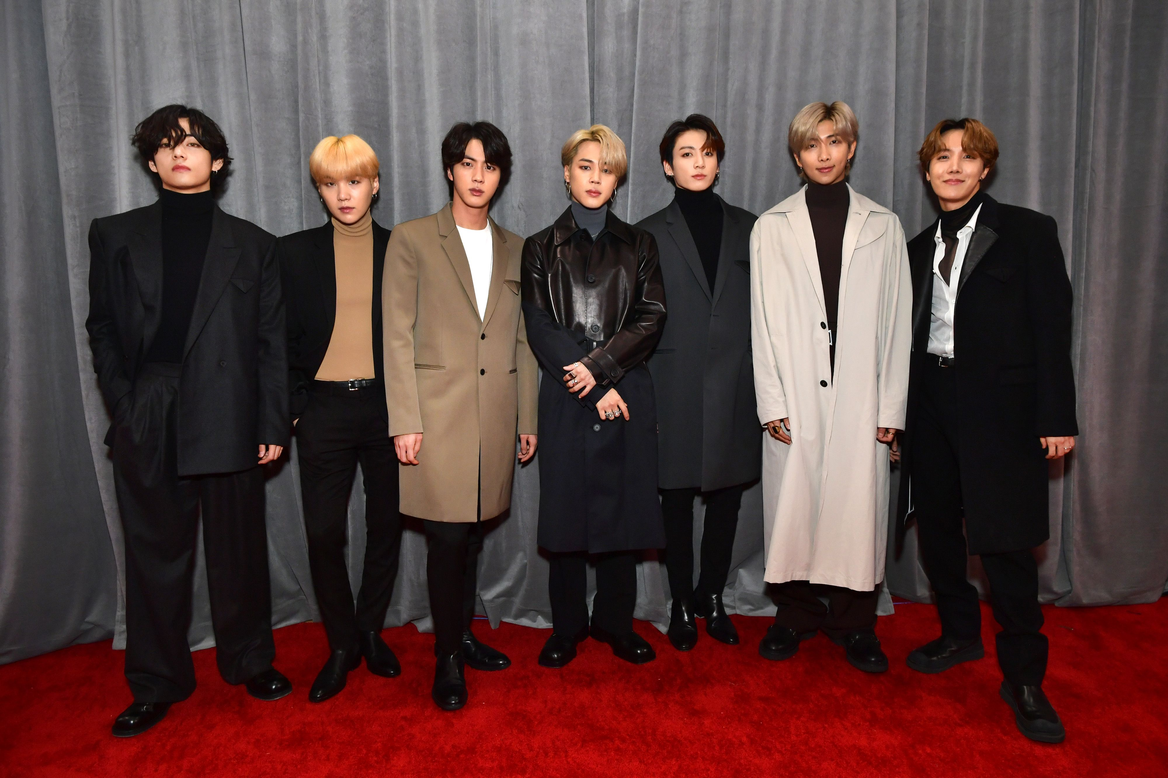 Bts All Wore Top Coats On The 2020 Grammys Red Carpet