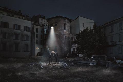 Black, Darkness, Light, Night, Atmosphere, Monochrome, Midnight, Sky, Black-and-white, Architecture,