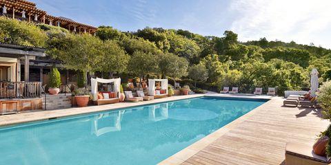 Auberge resort