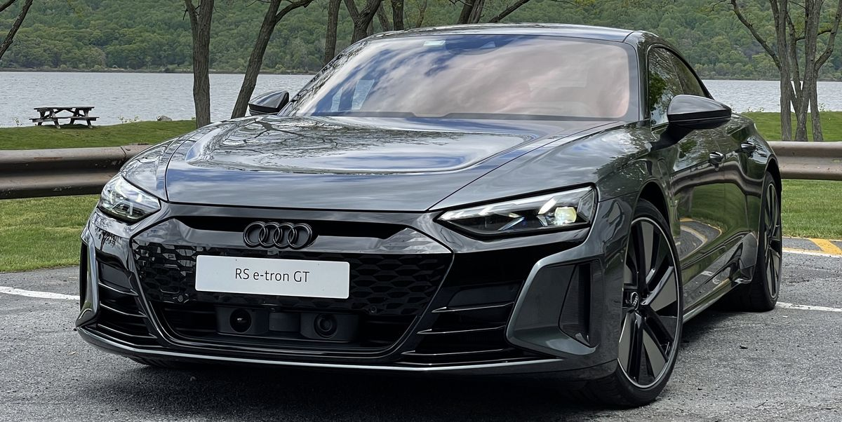 The 2022 Audi E-Tron GT RS Is a Taste of Tomorrow