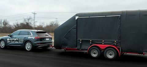 Audi e-tron towing
