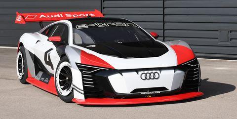 Land vehicle, Vehicle, Car, Sports car, Automotive design, Coupé, Supercar, Audi, Performance car, Sports car racing,