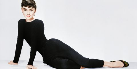 Black, Clothing, Shoulder, Sitting, Leg, Beauty, Leggings, Tights, Sleeve, Standing,