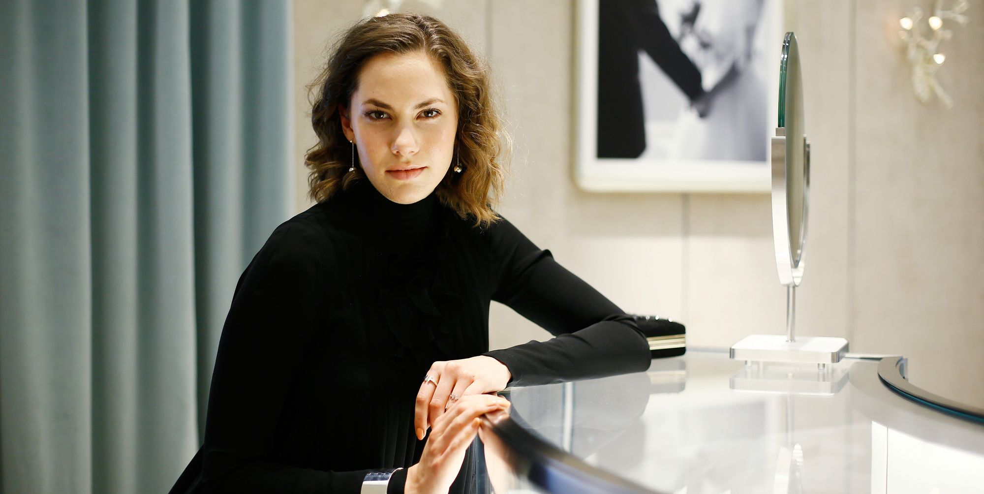 Emma Ferrer, la nipote aristocratica di Audrey Hepburn che ha ereditato i suoi vestiti-mito e il suo stile-leggenda