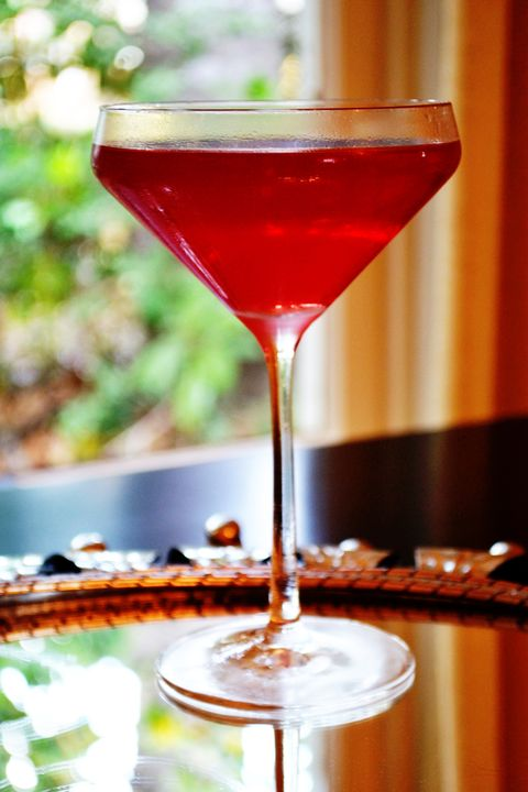 How To Make A Cosmopolitan Cocktail 10 Ways To Make Cosmopolitan Drinks