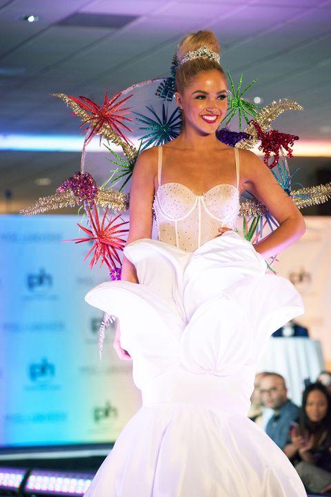 Fashion, Dress, Clothing, Gown, Beauty, Fashion show, Skin, Fashion design, Bride, Model,