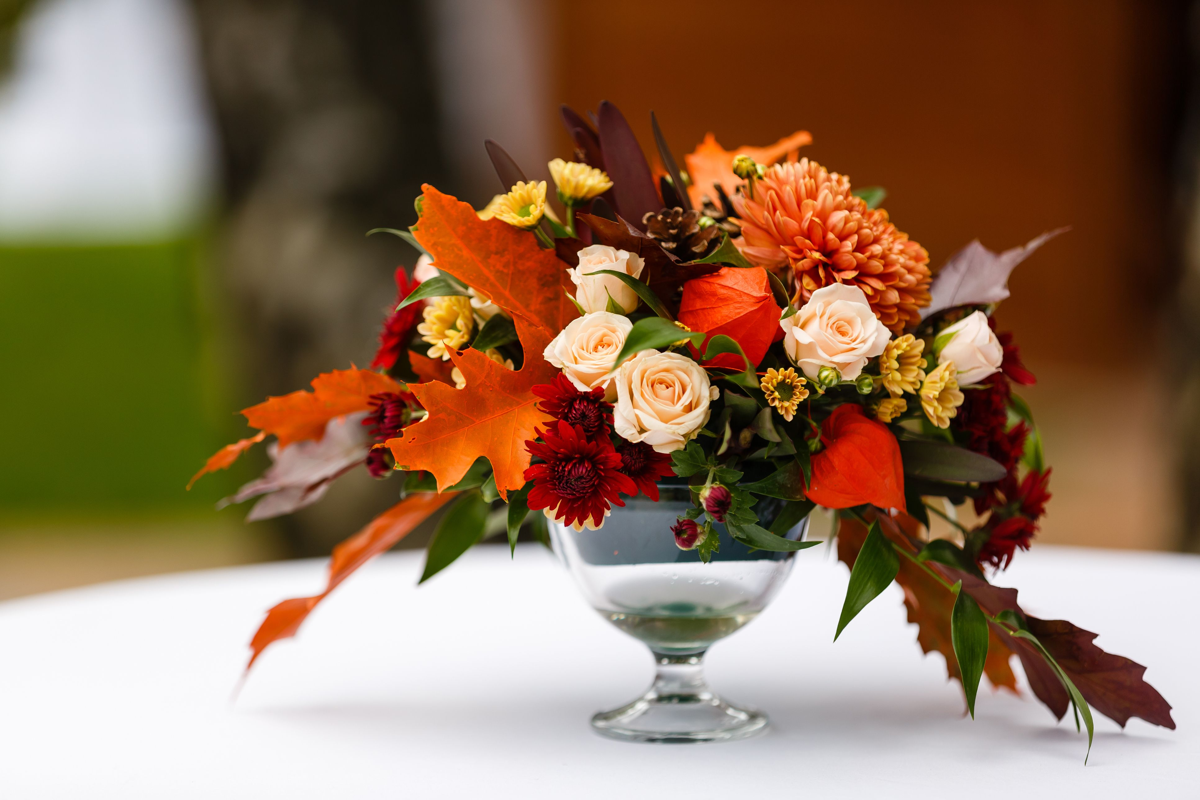 The Best Flower Arrangements For Your Thanksgiving Table