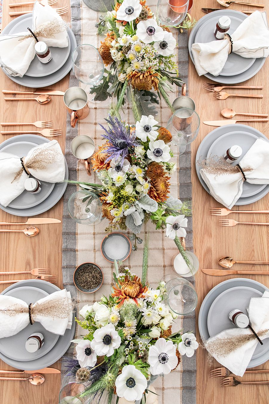 55 Thanksgiving Table Settings , Thanksgiving Tablescapes