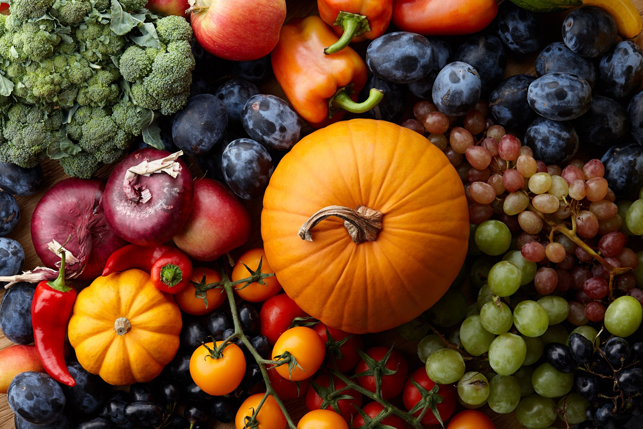 The 9 Best Fruits to Eat This Fall